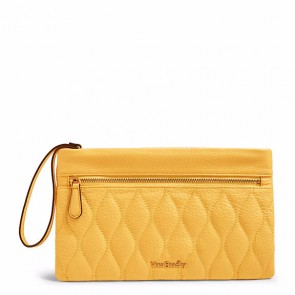 Quilted Mia Wristlet